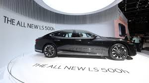 lexus sedan cars in india lexus officially debuts in india with trio of models