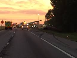 police looking for driver who caused tanker truck crash on i 65