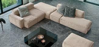 divani b divano modulare moderno in pelle in tessuto peanut b bonaldo