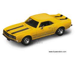 1967 camaro diecast 1967 chevy camaro z28 top 94216yl 1 43 scale yatming road