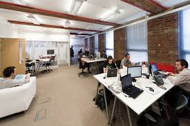 Best Small Office Interior Design 47 Interesting Design Ideas For Office Space Home Wuyizz