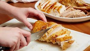 How To Cook A Thanksgiving Turkey In The Oven How To Cook A Turkey That Tastes Amazing Bettycrocker Com