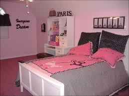 bedroom masculine design bachelor bedroom ideas cool male