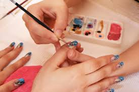 how to become a successful nail tech