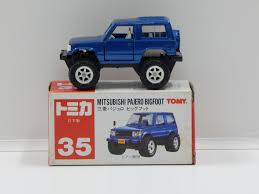 mitsubishi pajero japan mitsubishi pajero mitsubishi pajero bigfoot blue made in japan