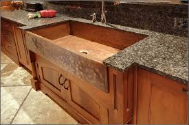 Hammered Copper Apron Front Sink by Best 25 Apron Sink Ideas On Pinterest Farm Sinks For Kitchens Farm