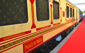 honeymoon and romance with luxury and mountain trains in india