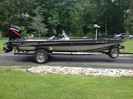 tracker boats owner list