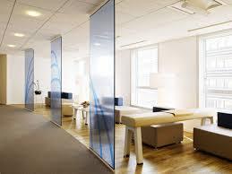 bureaux open space bureaux en open space plus de fantaisie le immobilier de cbre