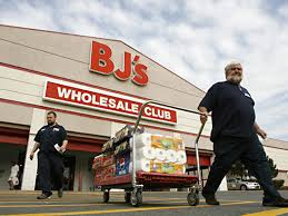 bj s wholesale club to on thanksgiving for 10th year in a