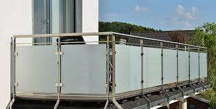 sichtschutz balkon grau balkon sichtschutz garten einebinsenweisheit