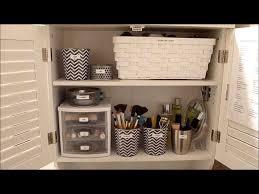 small bathroom quick tips for organizing bathrooms easy ideas