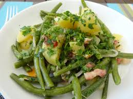 cuisiner des haricots verts frais salade de pommes de terre aux haricots verts frais les recettes