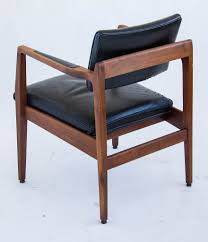 jens risom leather chair elegant pair of walnut jens risom lounge