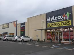 la halle aux vetements siege social le magasin de vêtements styleco devient newco la halle aux
