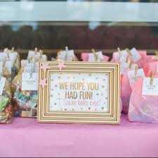 party favors for baby showers best 25 baby shower party favors ideas on party