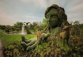 Botanic Garden Montreal Living Plant Sculptures At The Montreal Botanical Gardens