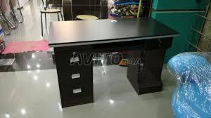 afficher la m sur le bureau computer desk bureau 1 20 m à vendre à dans matériels professionnels
