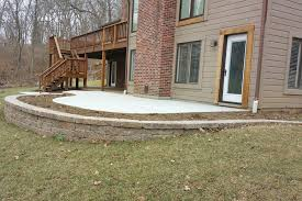 Retaining Wall Patio Design Patio Retaining Walls Home Design Ideas And Pictures
