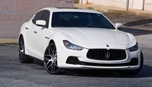 ghibli maserati maserati ghibli luxury sedan car review gearopen