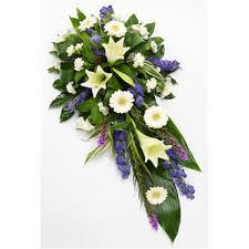 funeral flowers uk wreaths tributes sprays posies