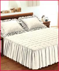 jeter un canapé couvre lit matelassé 340711 articles with jete de canape blanche