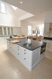 shaker kitchen island what is a shaker kitchen get some great shaker style kitchen