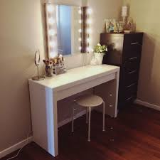Bedroom Vanity Set Beautiful Bedroom Vanity Sets With Lighted Mirror White Set And