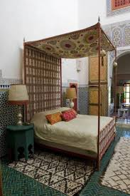 144 best moroccan bedroom images on pinterest moroccan style art decor home designs charming canopy bed moroccan style comforters mosaic wall interior design mixed cultures romantic look