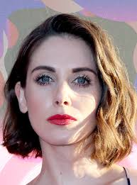 country with femle pubic hair alison brie glow celebrity full bush pubic hair trend