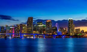 imagenes miami de noche ciudad de miami por noche imagen de archivo imagen de oscuridad