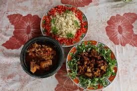 cuisine ivoirienne kedjenou le kédjénou descargots épicé ivorianfood kedjenou de poulet