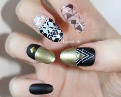 fake oval gold nail set false nails nails matte geometric