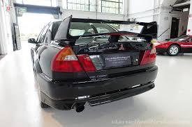 evo mitsubishi black 2001 mitsubishi lancer evo vi tommi makinen edition black