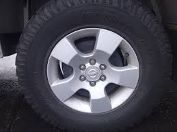 nissan navara 4x wheels factory mag bf goodrich tyres d40 16in