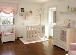 peinture pour chambre bébé aide dans choix couleur parquet peinture murs pour chambres
