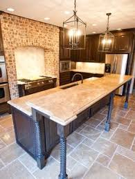 Travertine Kitchen Floor by Travertine Floors Learn How To Update Their Look Travertine