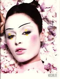 Pink Halloween Makeup by Makeup Idea For Geisha Costume Model Nicole Trunfio For Tush 3