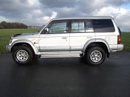 1997 mitsubishi pajero fieldmaster 2 8td silver white mitsubishi