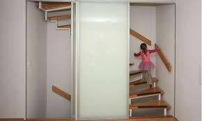 offene treppe schlieãÿen raumhohe schiebetüren zum treppenhaus boldt innenausbau