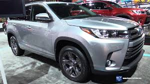 cars toyota 2017 2017 toyota highlander hybrid exterior and interior walkaround