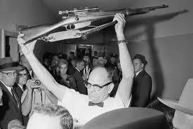 Oswald Backyard Photos 3d Model Showed Controversial Photo Of John F Kennedy U0027s Assassin