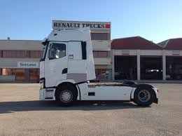 volvo truck sleeper cabs renault trucks t 52o high sleeper cab white renault trucks t