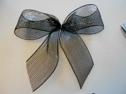 wire edged ribbon pin by sloan on gift wrapping bows