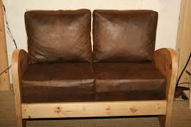 habillage canapé habillage d un canapé en bois couture au fil d eau d ile
