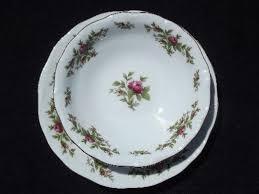 traditions china johann haviland johann haviland new traditions china moss plates and bowls for 4
