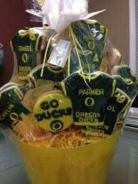 oregon gift baskets oregon ducks team basket bentley pastry and cakes