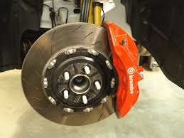 Dodge Challenger Tire Size - all about the hellcat part 1 a look at the brakes