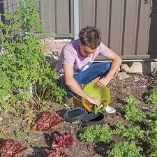native plant fertiliser neutrog bush tucker 4kgs the online gardener