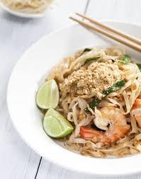 recette cuisine thailandaise traditionnelle pad thaï traditionnel régal